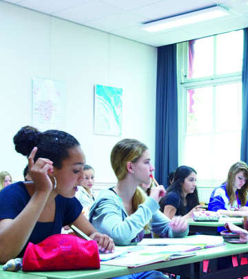 Students are interacting well with the Philips SchoolVision energy setting at Jan van Brabant College, the Netherlands