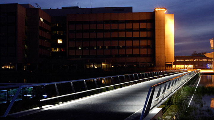 Bridge at High Tech Campus, illuminated effectively with Philips outdoor lighting