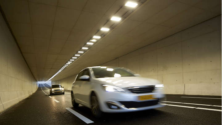 LED tunnel light by Philips Lighting