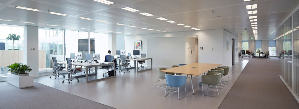 flexible open plan office space